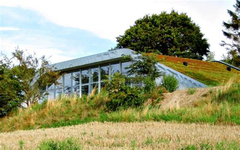 living arc green roofs the hill house brings an green roof to residential