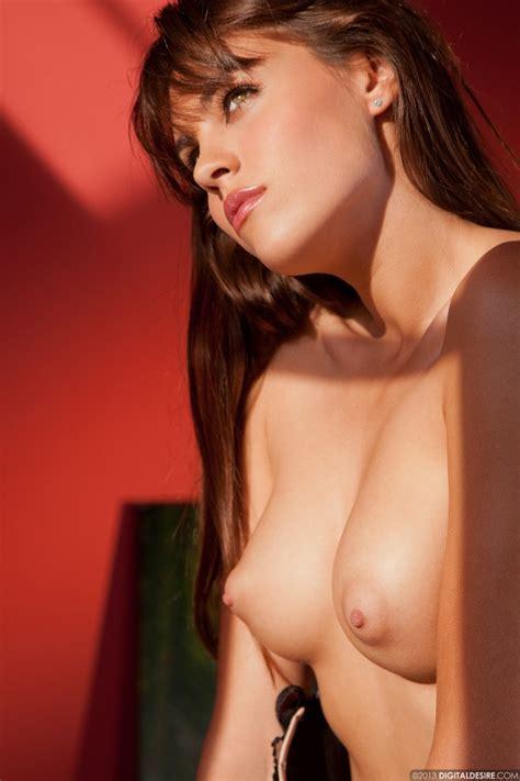 Nude Lips For Black Women Hot Girls Wallpaper