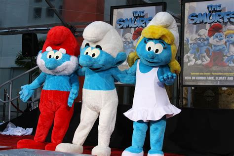 Smurfs 19 The Smurfer The exclusive photos from the smurfs and footprint ceremony assignment x