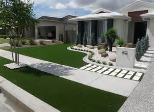 Landscape Design With Artificial Grass Synthetic Grass Front Yard Designs Landscape Yards