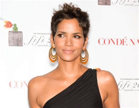 Halle Berry Hairstyles 2011 by Pictures Of Hairstyles For Black Hair