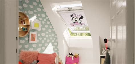 store chambre enfant d 233 co chambre d enfant sous les toits blogdemere fr