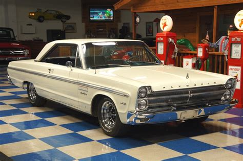 65 plymouth sport fury 1965 plymouth sport fury v8 white a e classic cars
