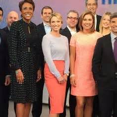best 20 amy robach ideas on pinterest longer layered amy robach in a tse sweater this morning on good morning