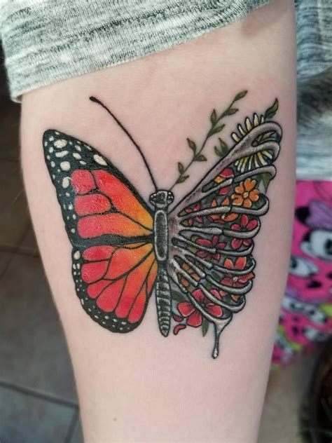 broken clover tattoo best 25 monarch butterfly ideas on