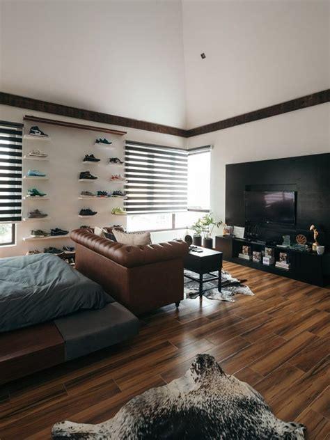 loft type bachelor pad    family home