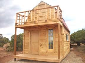 tiny house deck 232 best cabins cottages images on pinterest