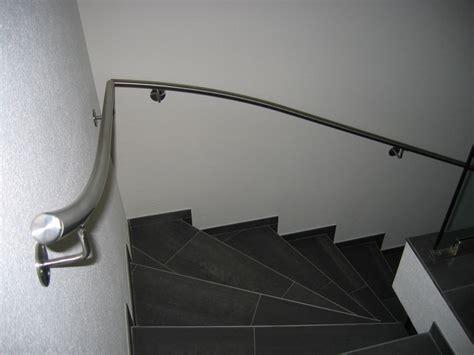 treppe handlauf innen ab f 252 nf stufen sind handl 228 ufe gesetzlich vorgeschrieben