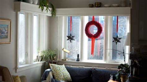howmuch is too much for christas decorations bows bells baubles garlands how much decor is much the globe and mail