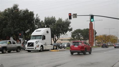 todays pickup volvo begins california test  connected vehicle technology freightwaves