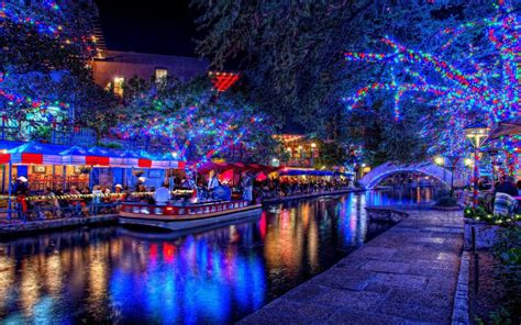 san antonio texas riverwalk christmas pinterest