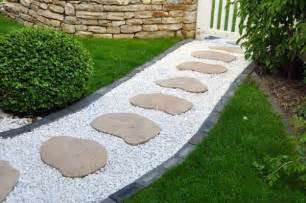 Backyard Walkway Ideas 30 Walkways And Garden Path Design Ideas