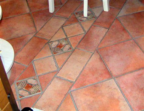 decori pavimenti foto pavimento in gres con decori di cozzi stefano