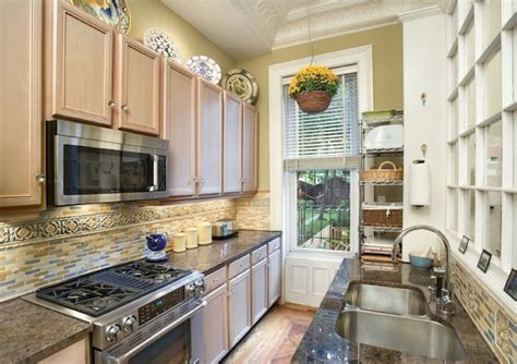 apartment galley kitchen ideas galley kitchen design ideas that excel