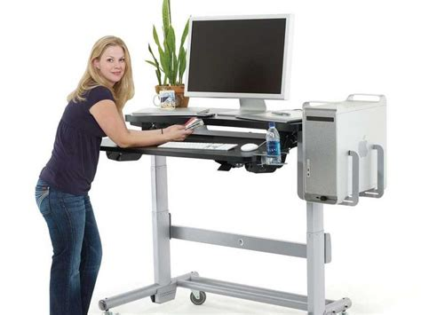 Sitting And Standing Desk Occupational Health And Safety Ergonomic Momentum Safety And Ergonomics