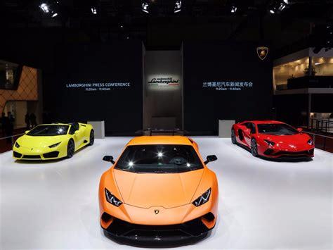 Lamborghini Show Shanghai Auto Show 2017 Pictures Business Insider