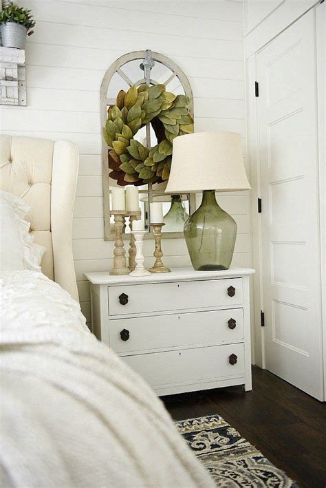 Bedroom Nightstand Decorating Ideas by One Horn White Nightstand Makeover Home Decor Master