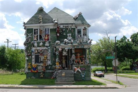 weird house the stuffed animal house unusual things pinterest