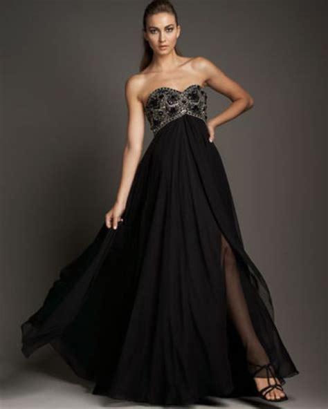 10 Designer Dresses by Top 10 Designer Evening Gowns For 2010