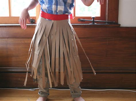How To Make A Paper Skirt - diy no sew costume hula skirt