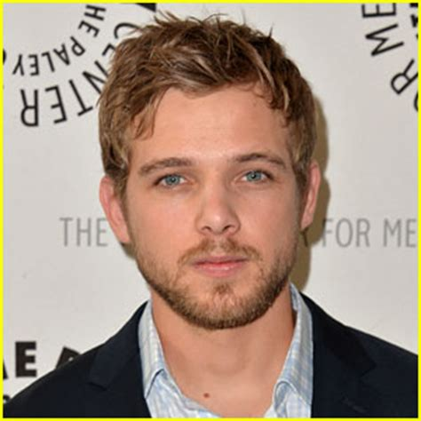 max thieriot weds lexi murphy kristen stewart attends max thieriot talks shirtless scenes in bates motel