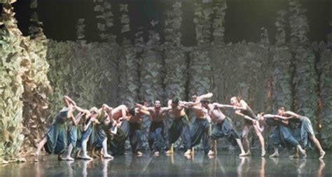 futura spettacoli futura ballando con lucio omaggio al genio e alla musica