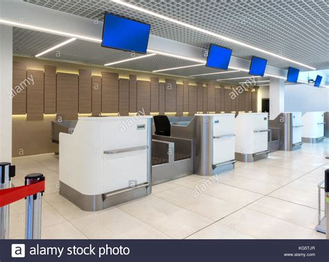 Jo In Pet Comb Comb Row Intl trolley check in stock photos trolley check in stock