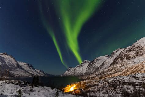 best place to see northern lights the best places to see the northern lights around the