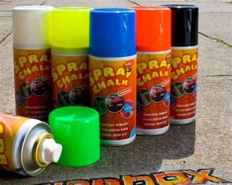 spraying chalk paint temporary graffiti paint spray chalk