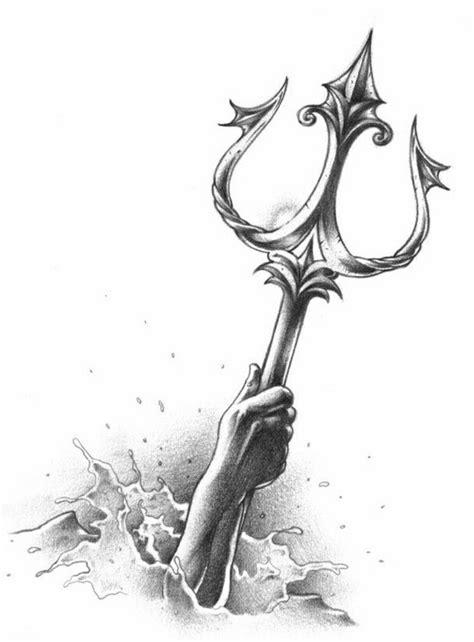 maserati trident tattoo tridente tatoos pinterest tattoo ideen und ideen