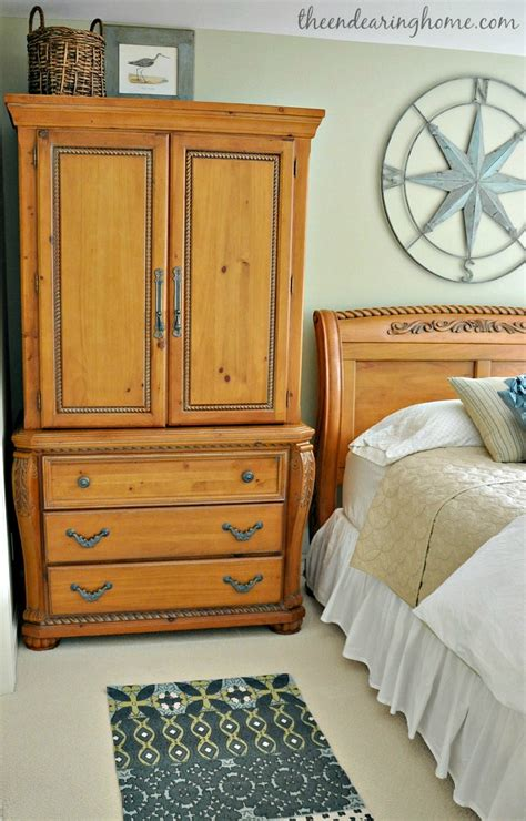 coastal cottage guest room