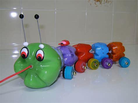 cara membuat mainan kereta api dari barang bekas 9 ide kreatif membuat mainan anak dari barang bekas gt do