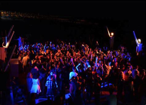 marche console dj diventa deejay organizza eventi e feste regione marche