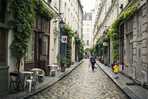 airbnb neighborhoods bastille paris guide airbnb neighborhoods