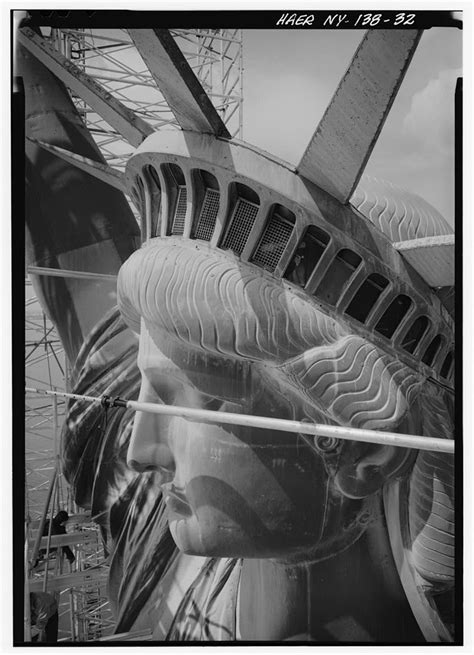lade liberty antiche the statue of liberty the meaning and use of a national