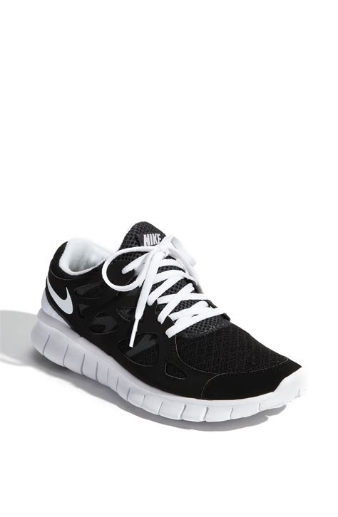 nike free run 2 running shoe in black black
