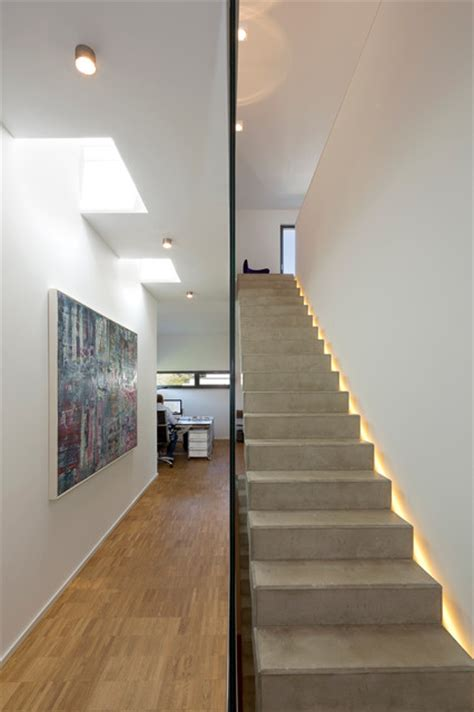 wandbeleuchtung treppe modern treppenhaus