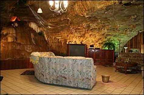 buying a house in arkansas image from http www arkansas com images photos ald 90111 beckham creek cave haven great room