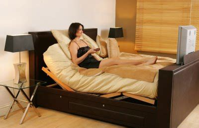 how many hours before bed should you stop eating luxury bed features retractable tv stand ohgizmo