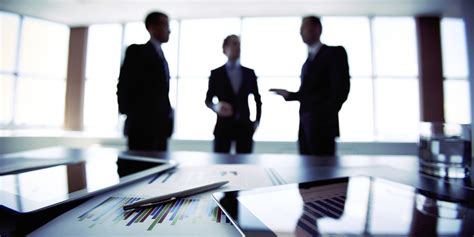 www business 5 european business etiquette tips for business travelers