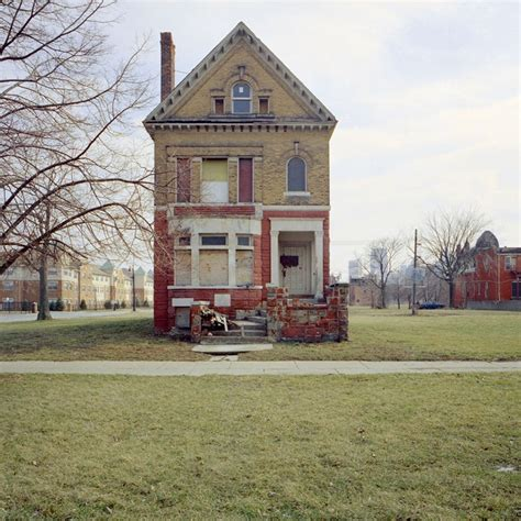 Detroit Housing by Abandoned Houses Of Detroit Amusing Planet