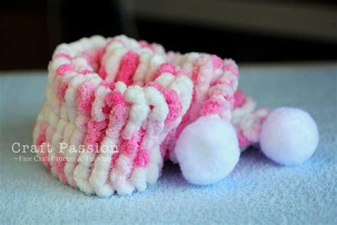 pom pom yarn knitting patterns pom pom scarf free knit pattern craft page 2