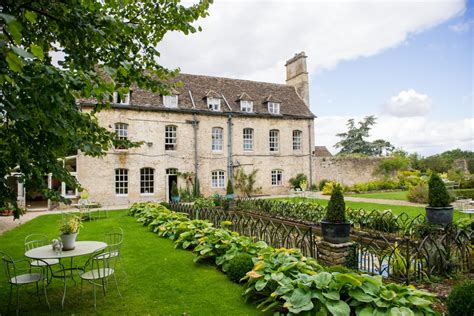 best wedding venues uk luxury child friendly uk wedding venues in the cotswolds