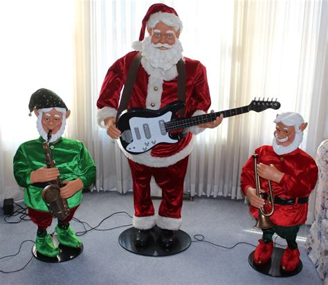 animated santa band image gemmy 5 santa and kringle jingle elves band jpg gemmy wiki fandom powered