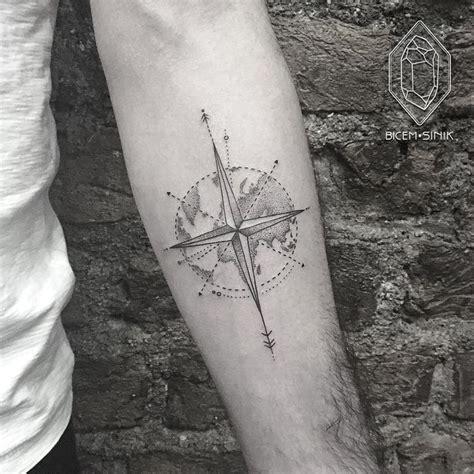 geometric tattoo kent best 25 dot work tattoo ideas on pinterest pointillism