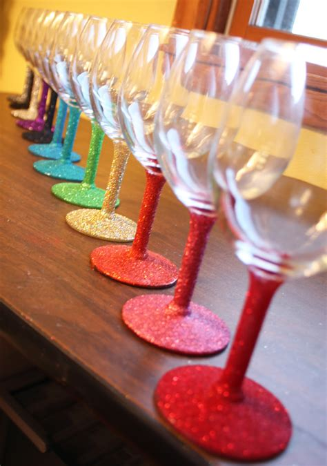 Decorating Glass With Glitter by Artglitterblog Celebrate In Style With Glitter