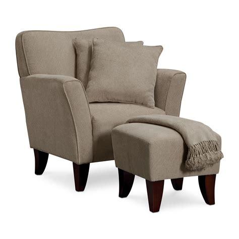 Simple Living Room Chairs Simple Living Room Chairs Peenmedia