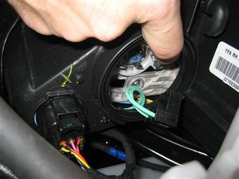 2011 hyundai sonata brake light bulb size replace bulb in headlight of 2011 avalanche autos post