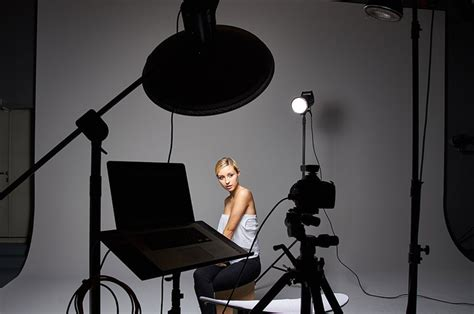 Four Light Setup Only Grids For Studio Portrait