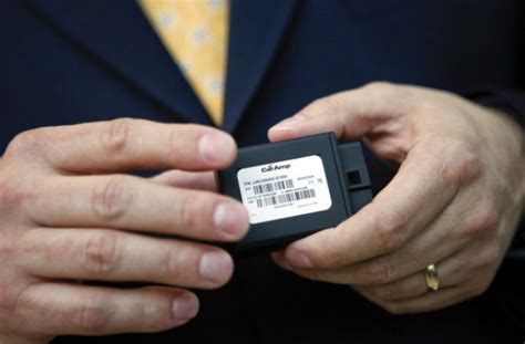 How Do Those Car Insurance Tracking Devices Work?   U.S